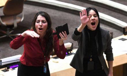 La Diplomacia de la Dignidad se Fue a Bolina